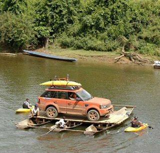 الصحراء Rang Rover Sport