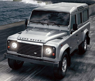 4x4 news press releases offroad land rover jeep suzuki a new eu5 22 litre diesel engine replaces the eu4 24 litre diesel for 2011 bringing greater levels of performance and refinement to the 2012 defender freerunsca Image collections